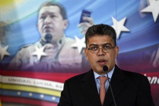وزير خارجية الفنزويلي يصف نظيره الأمريكي بـ