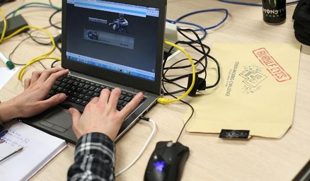 قراصنة أوكرانيون يهاجمون مواقع حلف الناتو الإلكترونية