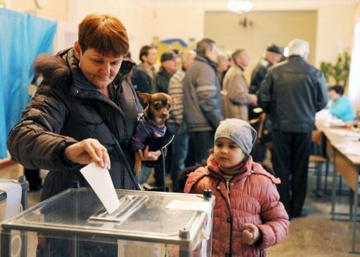 رئيس المراقبين الاوروبيين يؤكد عدم تسجيل أي مخالفات في استفتاء القرم