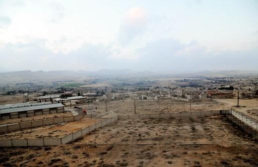 الطيران السوري يستهدف المسلحين في عرسال اللبنانية