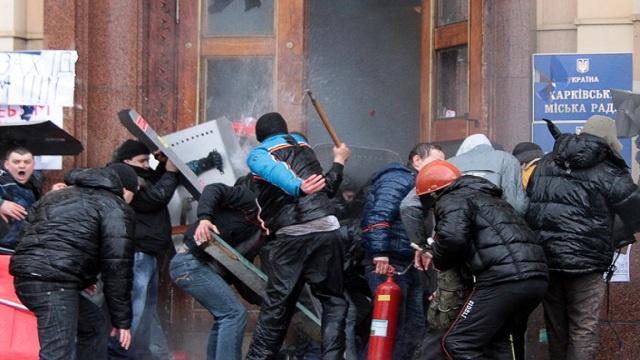 مصر تحذر رعاياها في أوكرانيا وتطلب منهم عدم المشاركة في أي تظاهرات