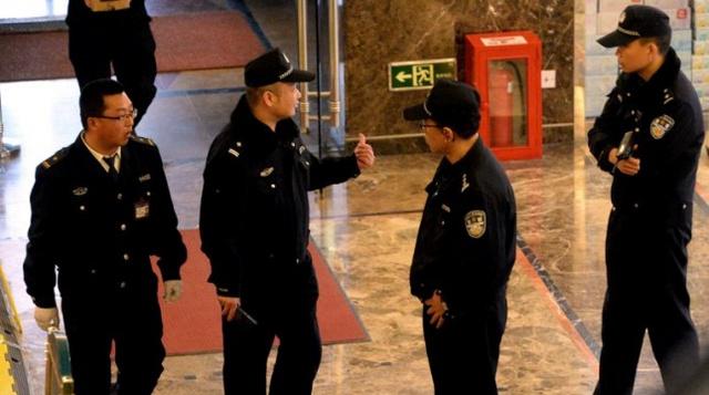 محققون ماليزيون يبحثون في احتمال توجه الطائرة المفقودة إلى مناطق