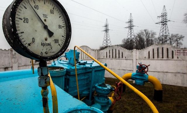 أوكرانيا تشدد إجراءات الحراسة على أنابيب نقل الغاز بعد تهديدات بنسفها من قبل متطرفين