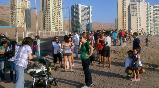 إجلاء 100 ألف شخص من منطقة ساحلية في شمال تشيلي بعد زلزال قوي