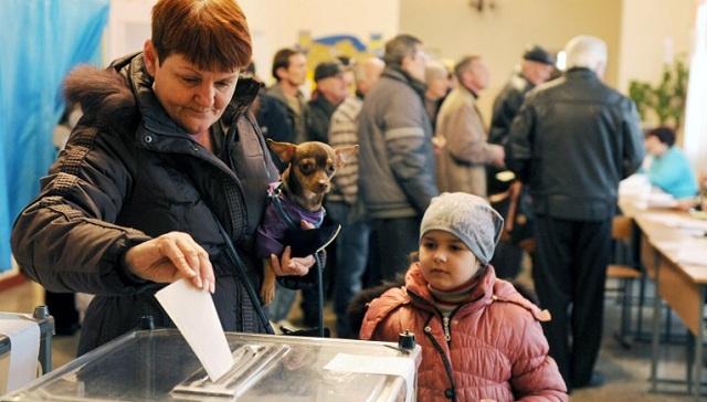 مراقبون دوليون: الاستفتاء في القرم جرى وفق المعايير الدولية ونتائجه تعكس إرادة الشعب