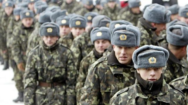 كييف تعلن تعبئة جزئية لدعم القوات المسلحة