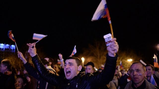بوتين يوقع مرسوما ينص على الاعتراف بجمهورية القرم دولة مستقلة ذات سيادة