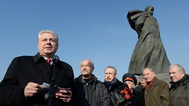 أوكرانيا تستدعي سفيرها من موسكو للتشاور
