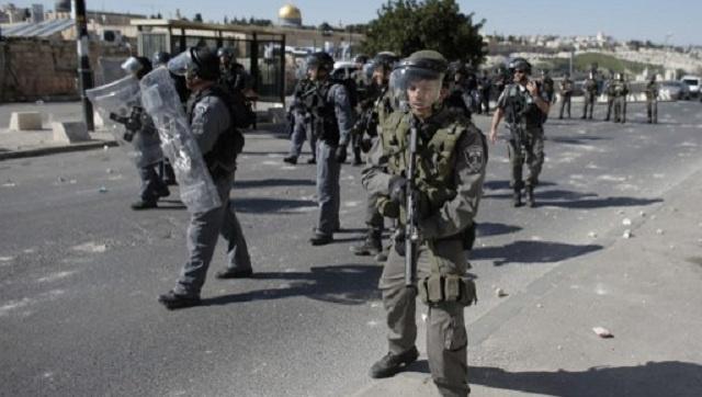 اعتقال شاب فلسطيني يحمل سكينا عند أحد مداخل القدس