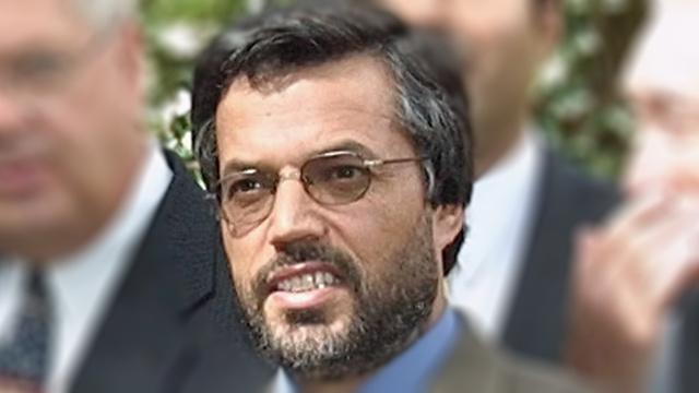 كرزاي يرشح محمد يونس قانوني لمنصب نائبه الأول