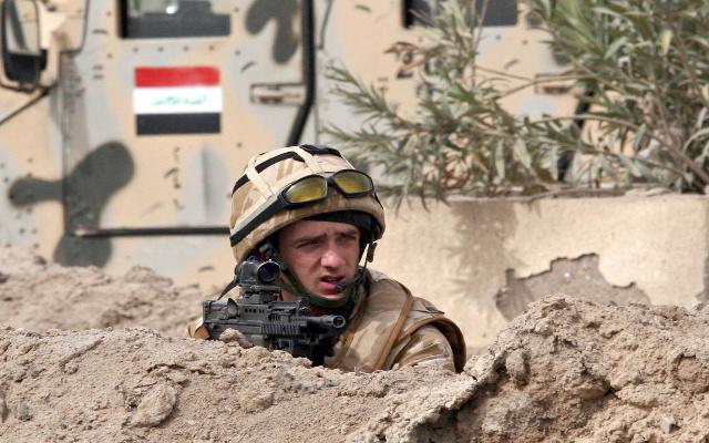 صحيفة: قادة في الجيش البريطاني يمنعون التحقيق بسوء معاملة سجناء عراقيين