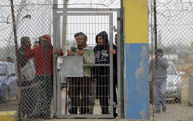 حماس تعتبر إغلاق معبر رفح جريمة ضد الإنسانية