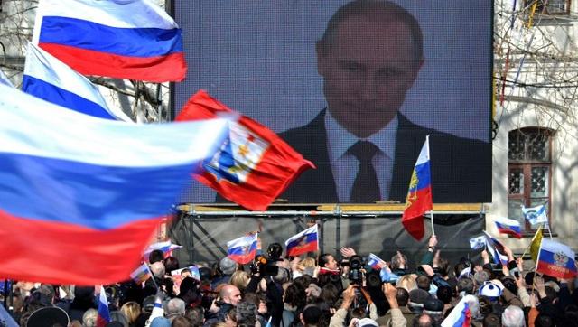 واشنطن تهدد بتوسيع العقوبات ضد روسيا وتستبعد استهداف بوتين باعتبار ذلك