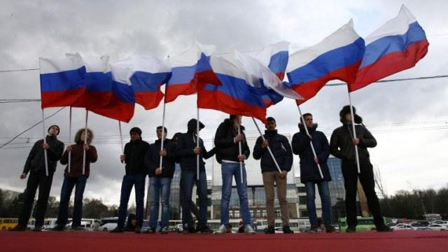 انضمام القرم إلى روسيا.. بيلاروس تشير إلى أهمية الحدث وكازخستان تقبل بتفهم والأرجنتين تؤيد شعب القرم