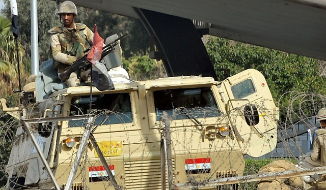 مقتل ضابطين في الجيش المصري و5 مسلحين إثر اشتباك مسلح بالقليوبية