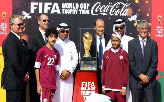 صحيفة تتهم قطر بالرشوة لاستضافة كأس العالم واللجنة المنظمة تنفي