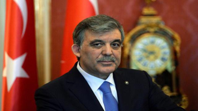 الرئيس التركي خلافا لأردوغان يرفض نظرية المؤامرة الخارجية