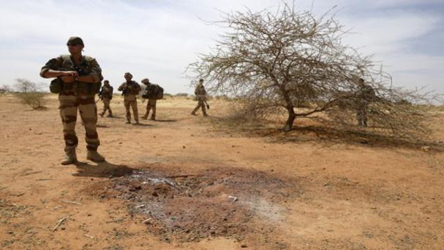 وزير الدفاع الفرنسي يعلن مقتل حوالي 40 جهاديا بينهم قياديون في مالي