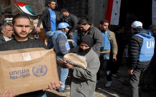 عبور أولى شاحنات الأمم المتحدة من تركيا إلى سورية