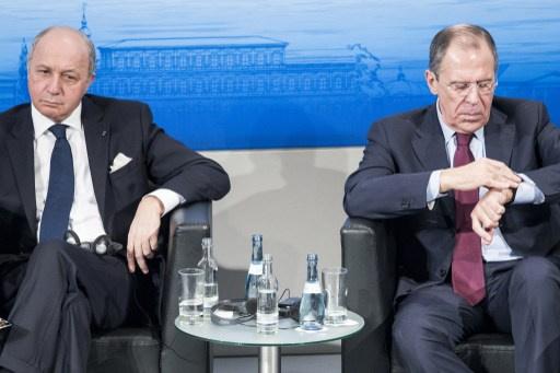 لافروف وفابيوس يناشقان الوضع في أوكرانيا