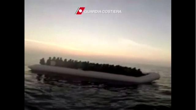 ضبط وإغاثة 239 مهاجرا سوريا وفلسطينيا جنوبي لامبيدوزا (فيديو)