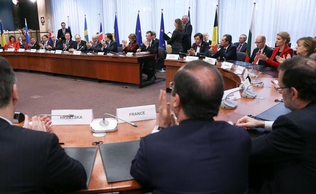 موسكو: تهديدات الاتحاد الأوروبي بالعقوبات تخيف الأوروبيين أكثر من روسيا