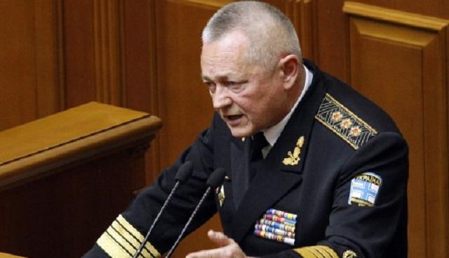 البرلمان الأوكراني يقبل استقالة وزير الدفاع ويعين مسؤولا جديدا في هذا المنصب