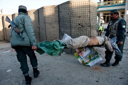 مقتل 15 شخصاً على الأقل في سلسلة تفجيرات بافغانستان