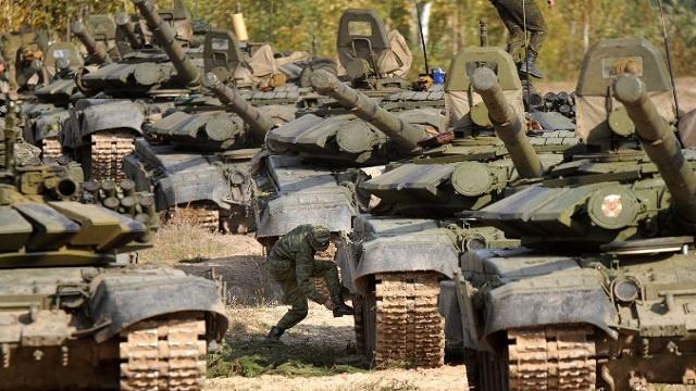 روسيا تصدر أسلحة بقيمة ملياري دولار في الربع الاول من العام 2014