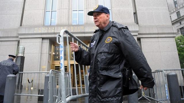 محكمة نيويورك تقضي بسجن أمريكي معتنق الإسلام لمحاولة صناعته قنبلة