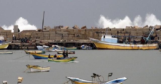 البحرية الاسرائيلية تطلق النار على قاربين قبالة سواحل غزة (فيديو)