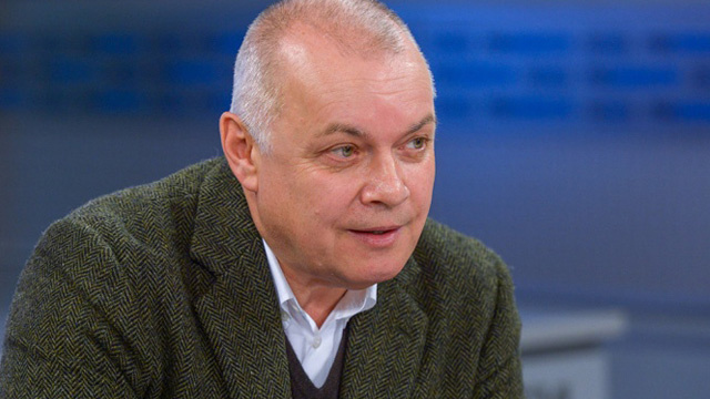الصحفيون الروس يدعون أوروبا إلى احترام حرية الرأي