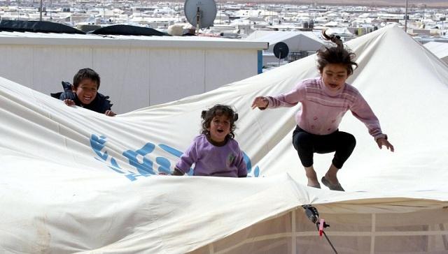 روسيا ترسل مساعدات إنسانية الى اللاجئين السوريين بالأردن