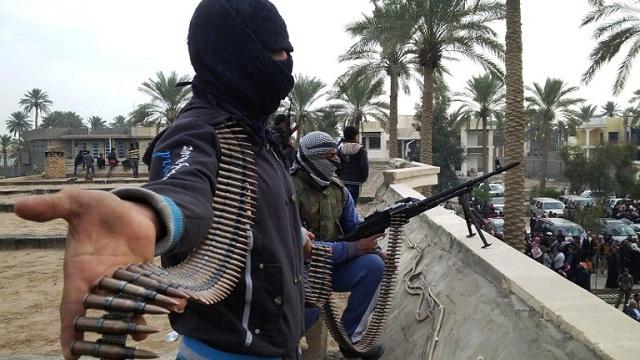 مقتل ضابط شرطة ومسلح نفذ هجوما على مقر للشرطة غربي الموصل