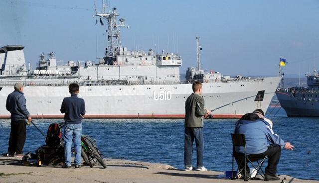خبراء روس يفحصون الحالة التقنية لسفن اوكرانية بقيت في القرم