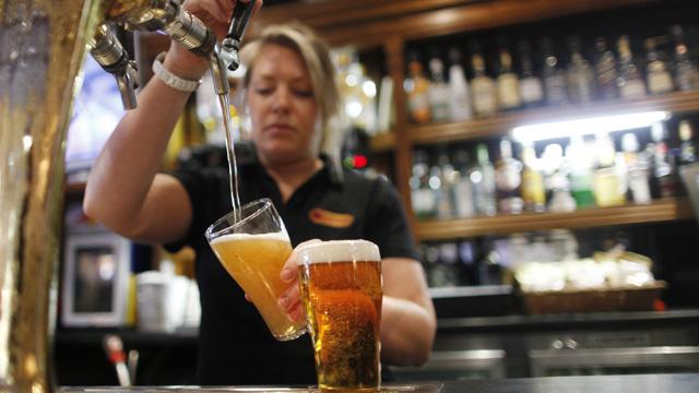 تطبيق للأجهزة الذكية يساعد في التغلب على إدمان الكحول
