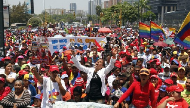 واشنطن تدرس فرض عقوبات على سلطات فنزويلا والأخيرة تنتقد التدخل