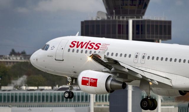 إصابة 4 ركاب بعد اشتعال محرك طائرة سويسرية أثناء إقلاعها من مطار لندن