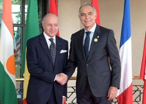 باريس تعتذر للرباط عن تفتيش وزير الخارجية المغربي في مطار شارل ديغول