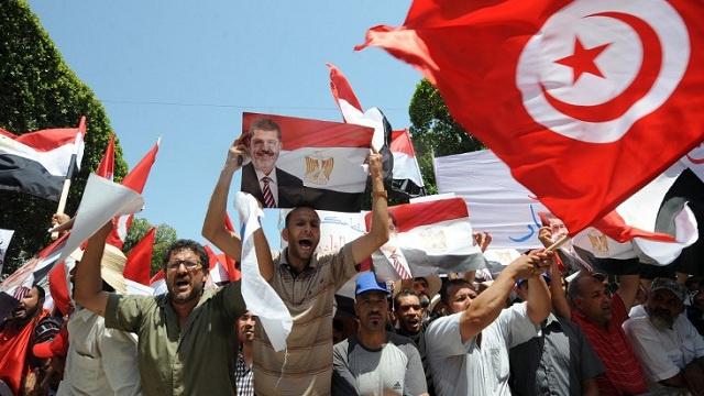 وقفة احتجاجية أمام السفارة المصرية بتونس اعتراضا على حكم إعدام الاخوان