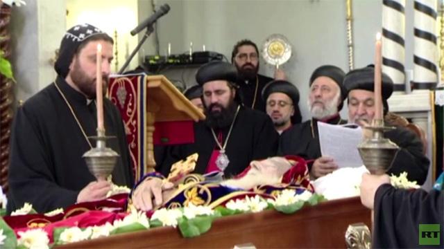 مراسم صلاة الجنازة لراحة نفس البطريرك زكا الأول عيواص في دمشق (فيديو)