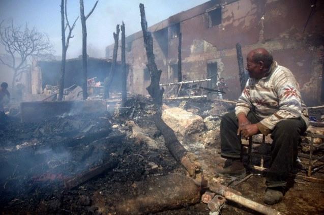مقتل 12 شخصا وإصابة 50 آخرين في انفجار مستودع للمواد البترولية في مصر