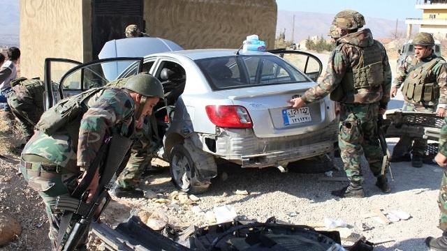 مقتل 3 عسكريين في تفحير سيارة يقودها انتحاري عند حاجز للجيش في عرسال بلبنان