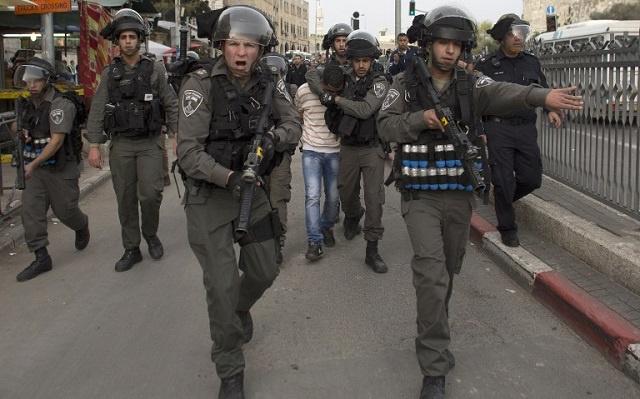 مستوطنون إسرائيليون يقتحمون المسجد الأقصى وسط حماية مشدد من الشرطة