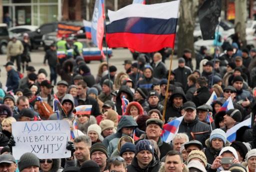 مسيرات في مدن جنوب وجنوب شرق اوكرانيا تطالب بالحكم الذاتي