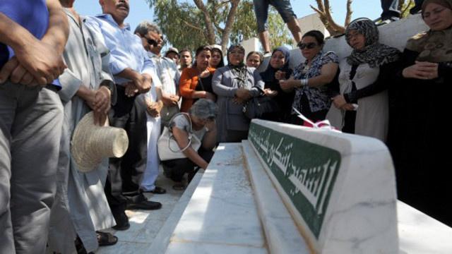 القضاء التونسي يختم التحقيق في قضية شكري بلعيد والدفاع يعترض