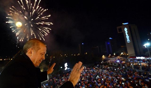 أردوغان يتعهد ببناء