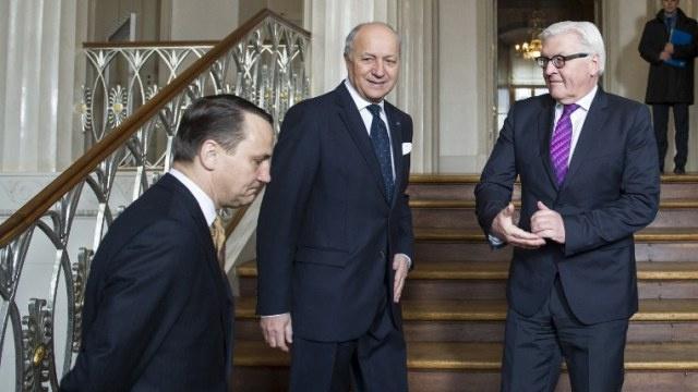 فرنسا وألمانيا وبولندا تدعو السلطات الأوكرانية للحوار مع أقاليمها وموسكو ترحب