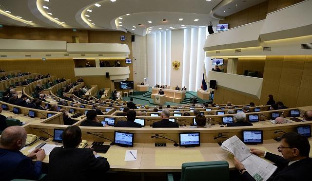 مجلس الاتحاد يلغي الاتفاقيات الخاصة بمرابطة أسطول البحر الأسود الروسي في أراضي أوكرانيا