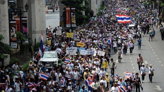 قتيل و3 جرحى بإطلاق نار على قافلة محتجين في بانكوك
